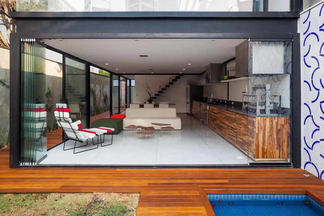 7x37 House in Sao Paulo by CR2 Arquitetura-10