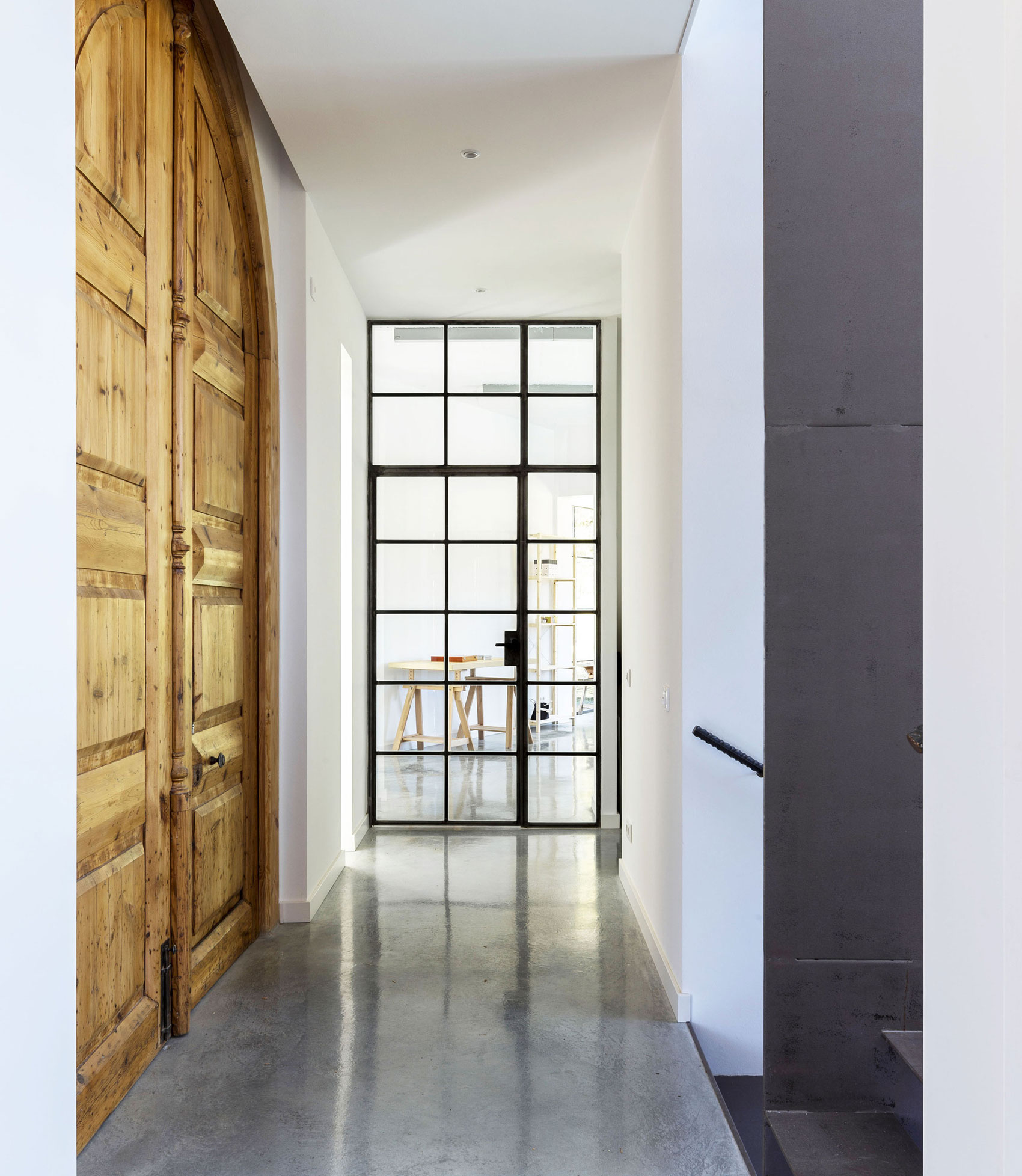 A House in Barcelona by 08023 Architecture + Design + Ideas-02