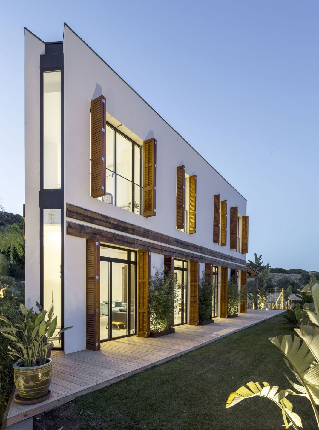 A House in Barcelona by 08023 Architecture + Design + Ideas