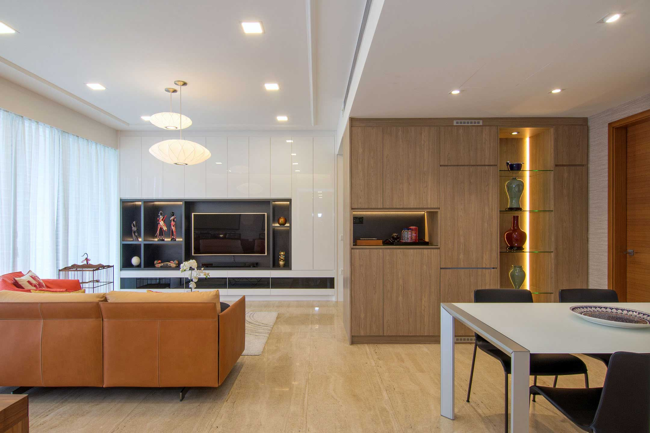 Apartment designed for an art lover in Singapore by KNQ Associates-06