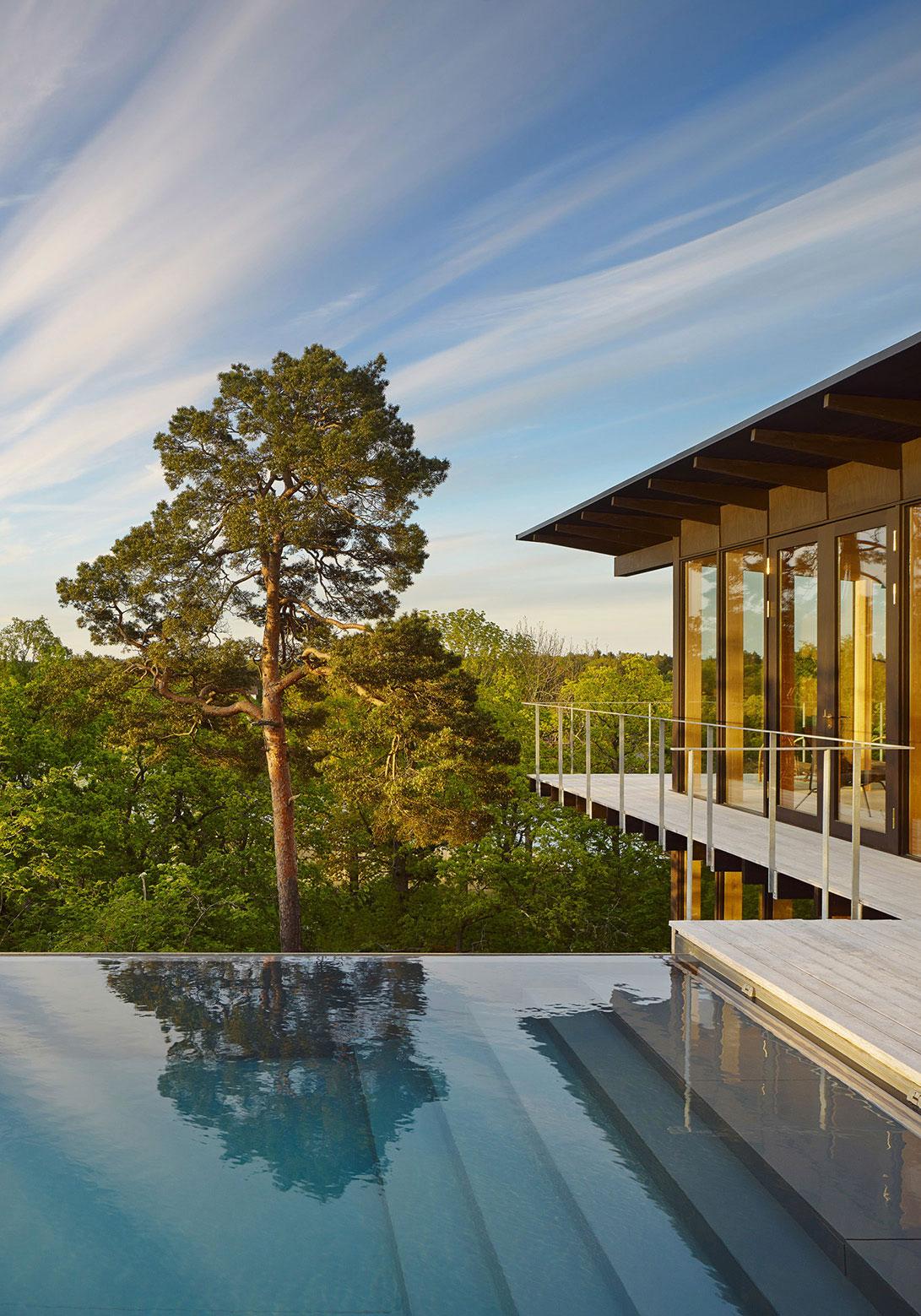 Aspvik privet summer house overlooking Torsbyfjärden by Andreas Martin-Löf Arkitekter-02