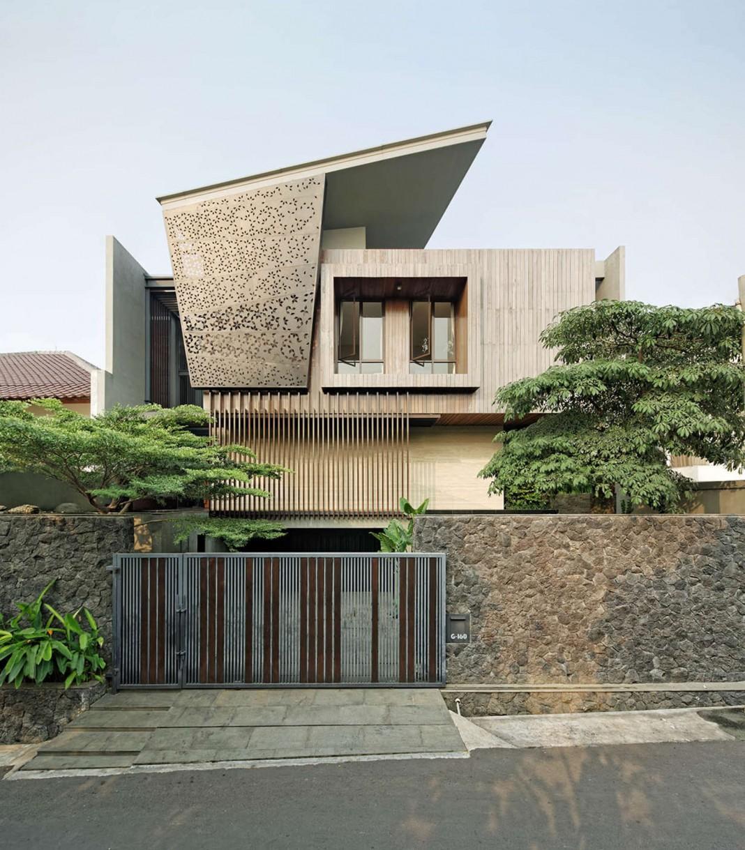 Ben House GP by Wahana Architects