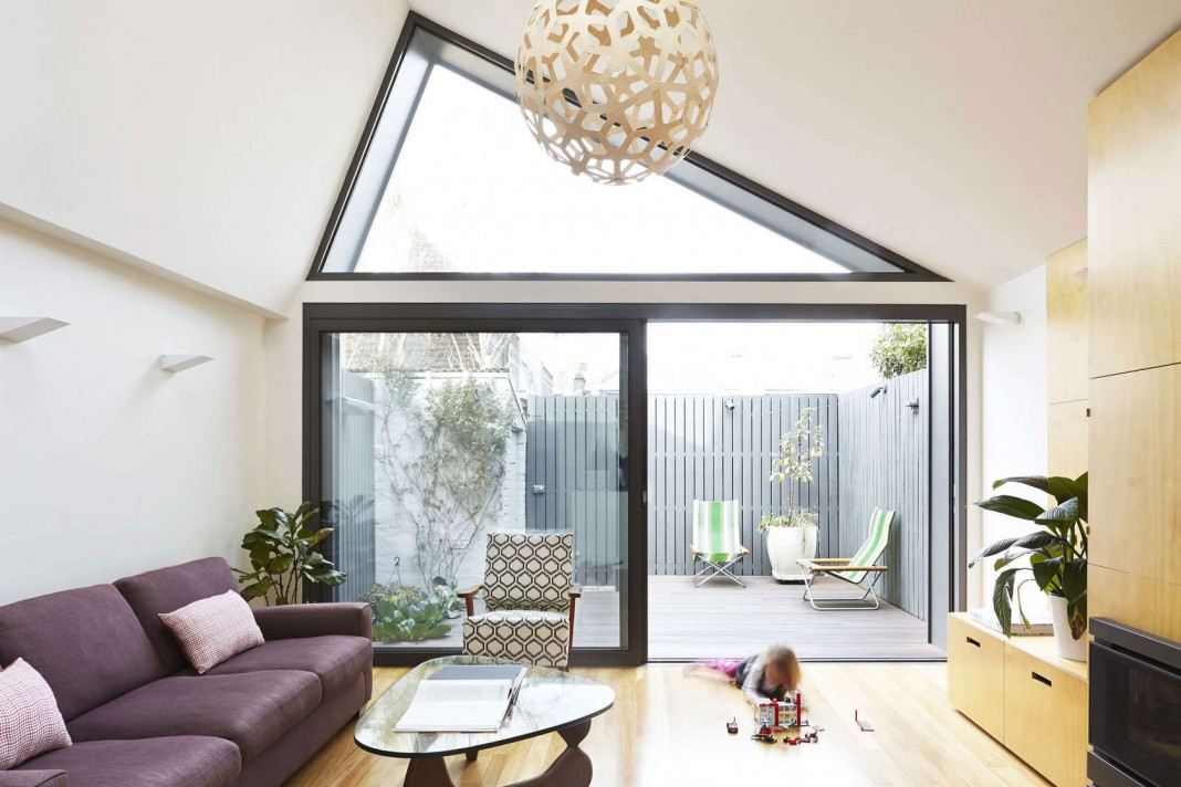Big Little House in Melbourne by Nic Owen Architects - CAANdesign ...