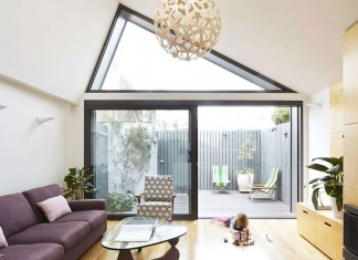 Big Little House in Melbourne by Nic Owen Architects