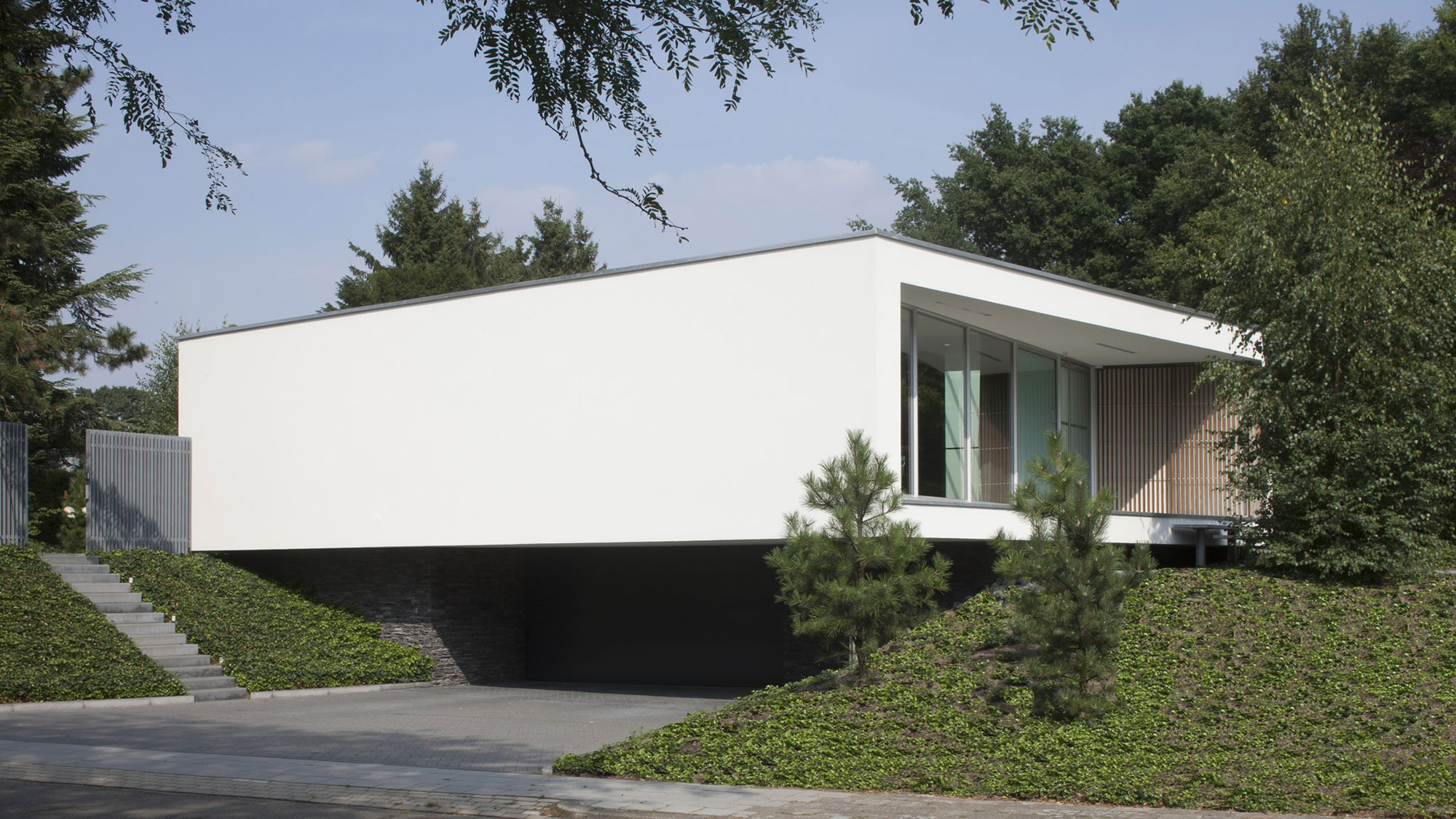 Boxed Villa Spee Haelen with Panoramic Windows by Lab32 architecten-02