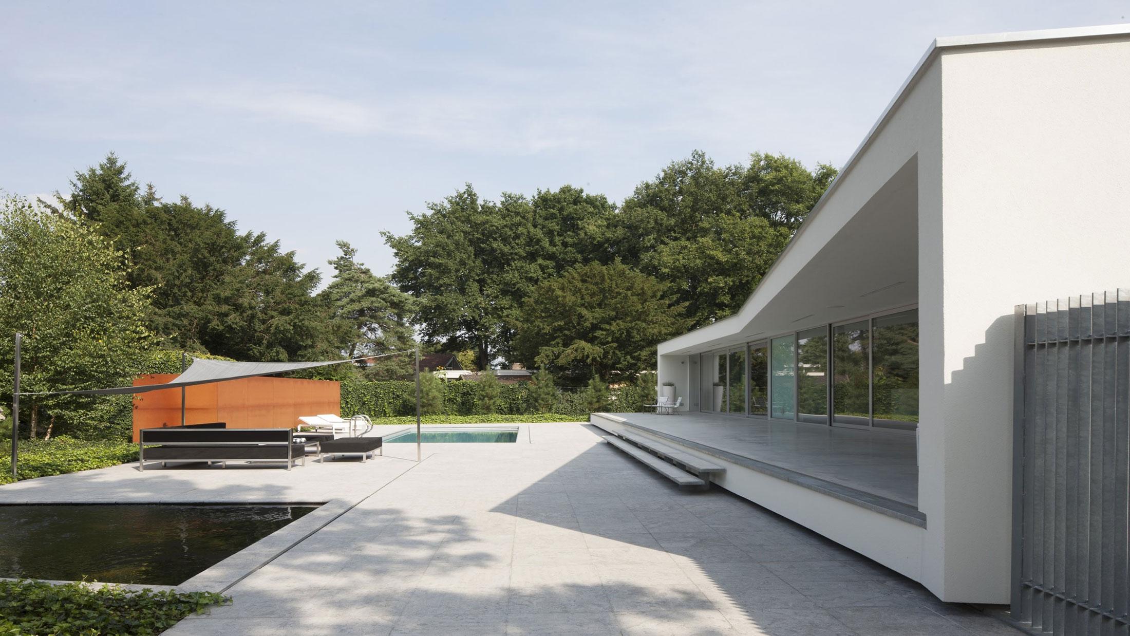 Boxed Villa Spee Haelen with Panoramic Windows by Lab32 architecten-11