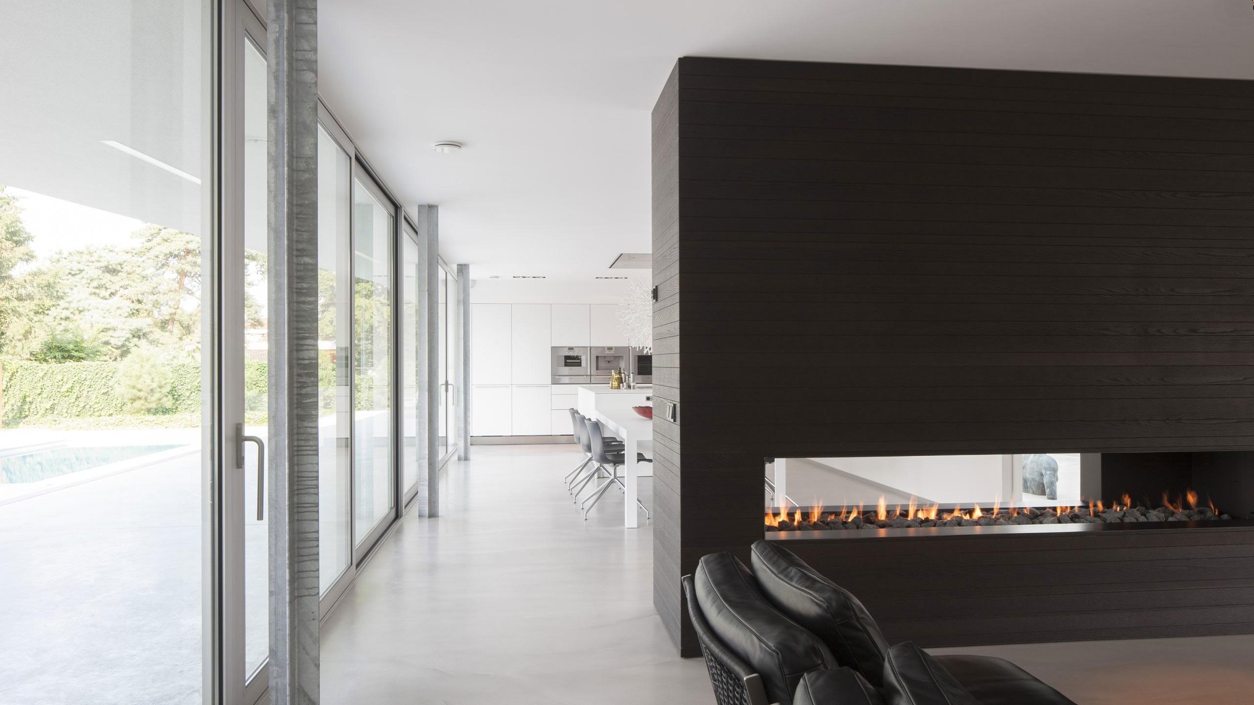Boxed Villa Spee Haelen with Panoramic Windows by Lab32 architecten-18