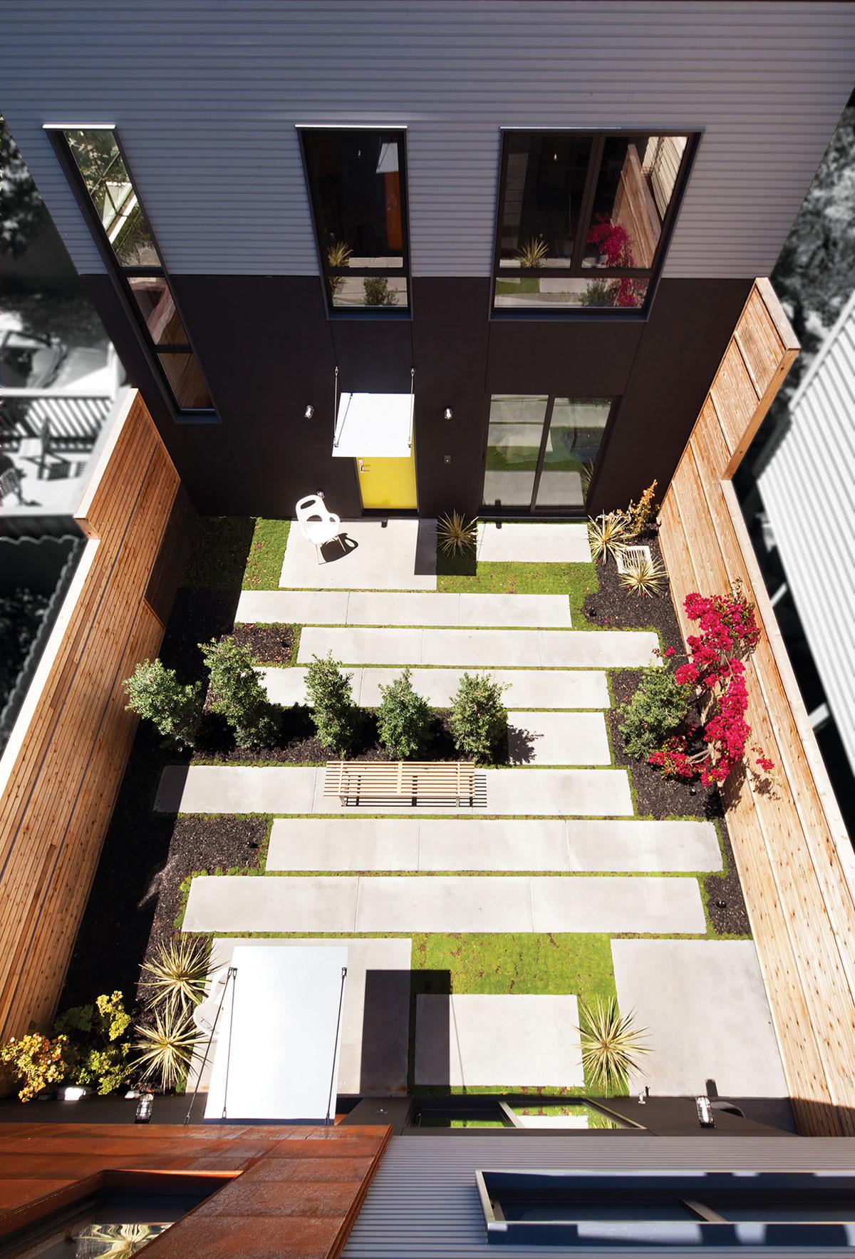 Bright and Elegant Interior Design of Steelhouse 1 plus 2 by Zack de Vito Architecture-01