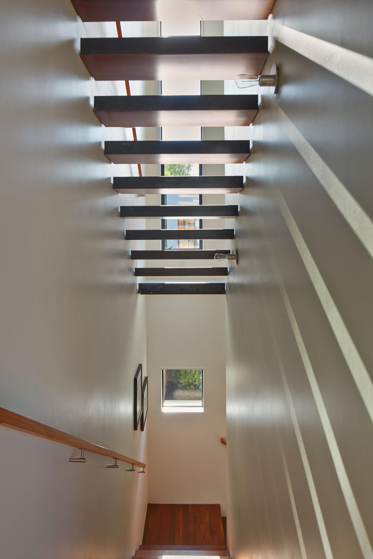 Bright and Elegant Interior Design of Steelhouse 1 plus 2 by Zack de Vito Architecture-07