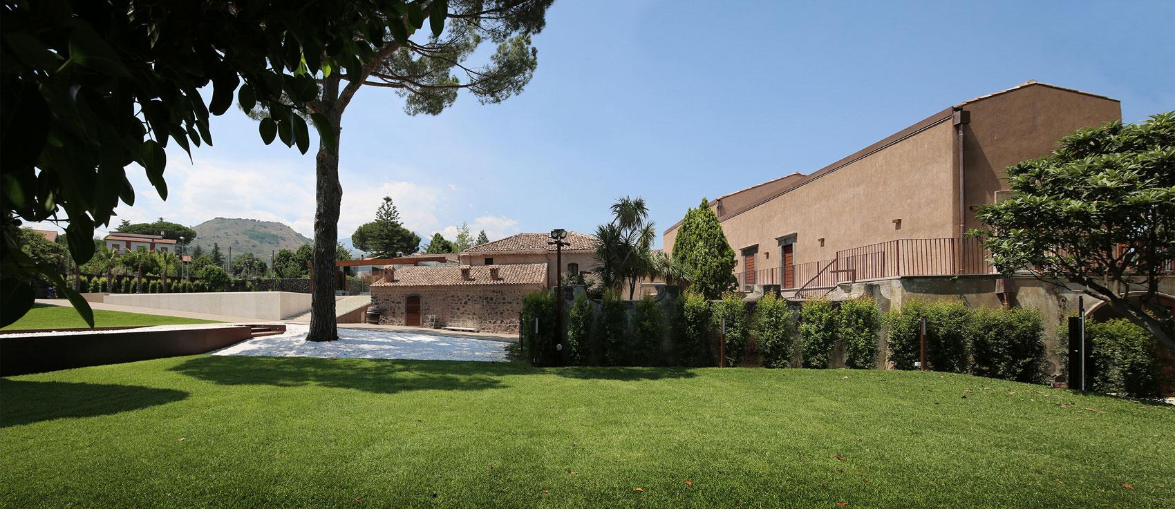 CRV House in Viagrande by ACA Amore Campione Architettura-01