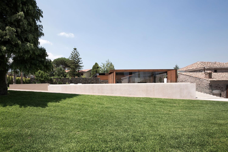 CRV House in Viagrande by ACA Amore Campione Architettura-02
