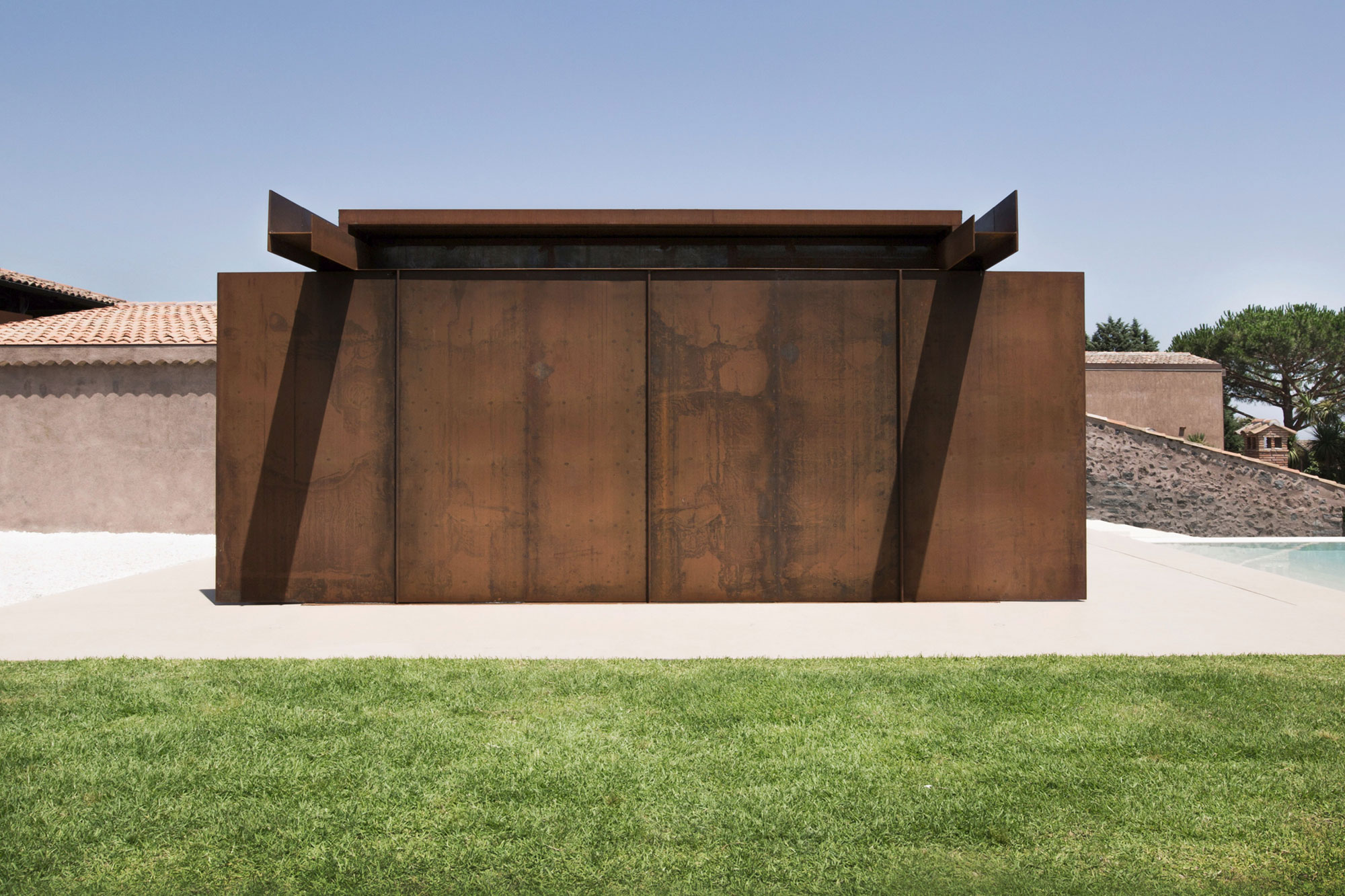 CRV House in Viagrande by ACA Amore Campione Architettura-06