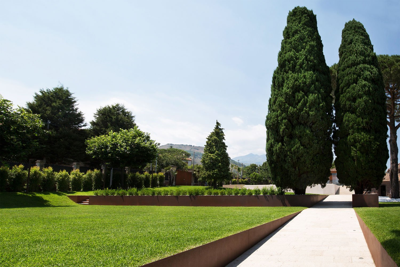 CRV House in Viagrande by ACA Amore Campione Architettura-13