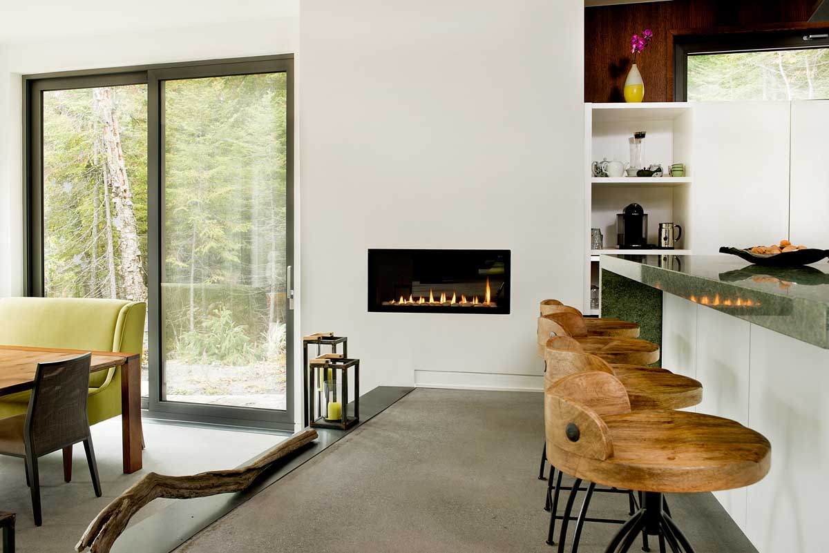 Cedrus Chalet Placed on The Edge of a Cedar Wood by Boom Town-15