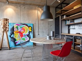 Concrete Wall Apartment in Krasnogorsk by Studio Odnushechka