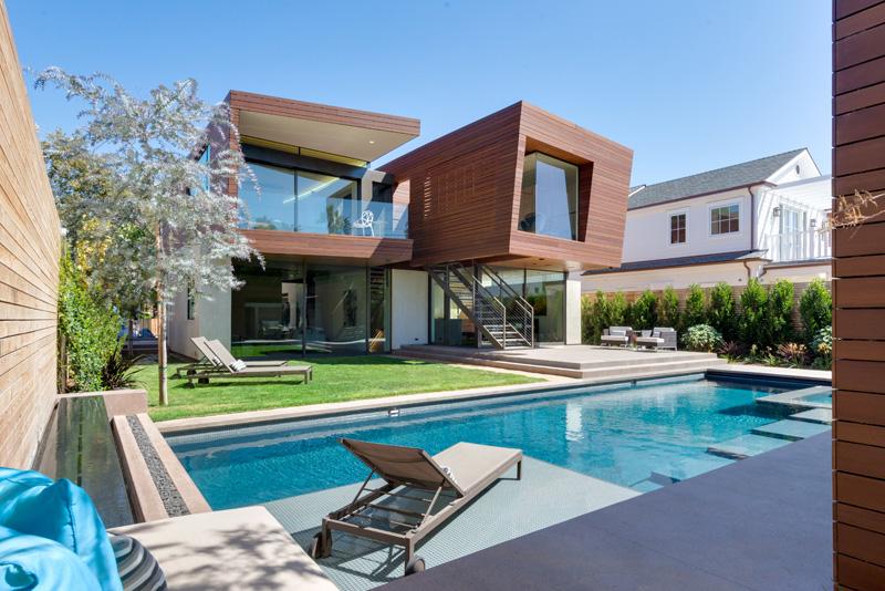 Contemporary Santa Monica Home by Kovac Design Studio-03