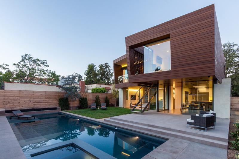 Contemporary Santa Monica Home by Kovac Design Studio-04