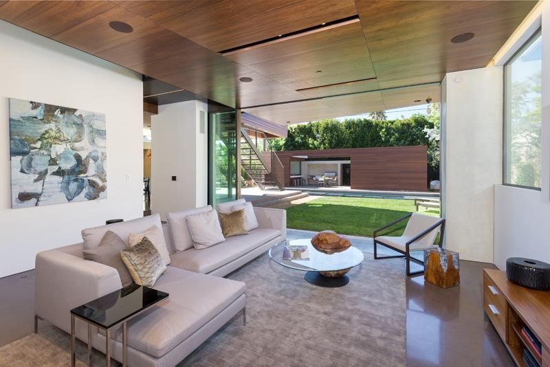 Contemporary Santa Monica Home by Kovac Design Studio-08