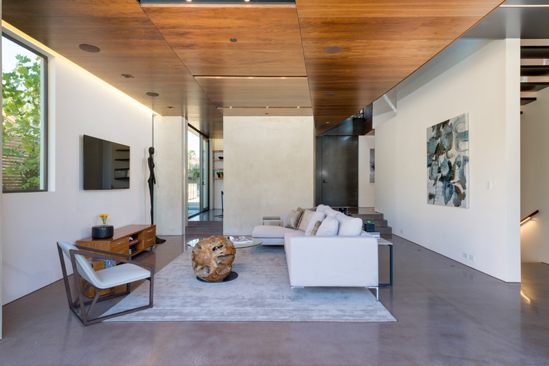 Contemporary Santa Monica Home by Kovac Design Studio-11