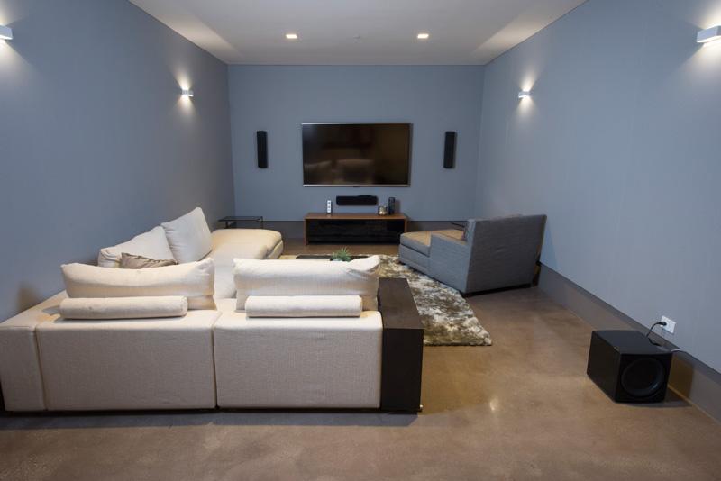 Contemporary Santa Monica Home by Kovac Design Studio-15