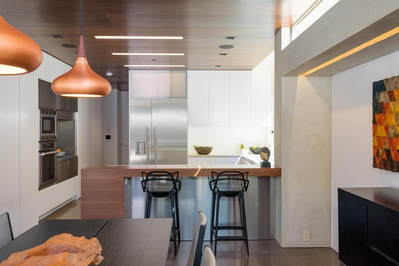 Contemporary Santa Monica Home by Kovac Design Studio-17
