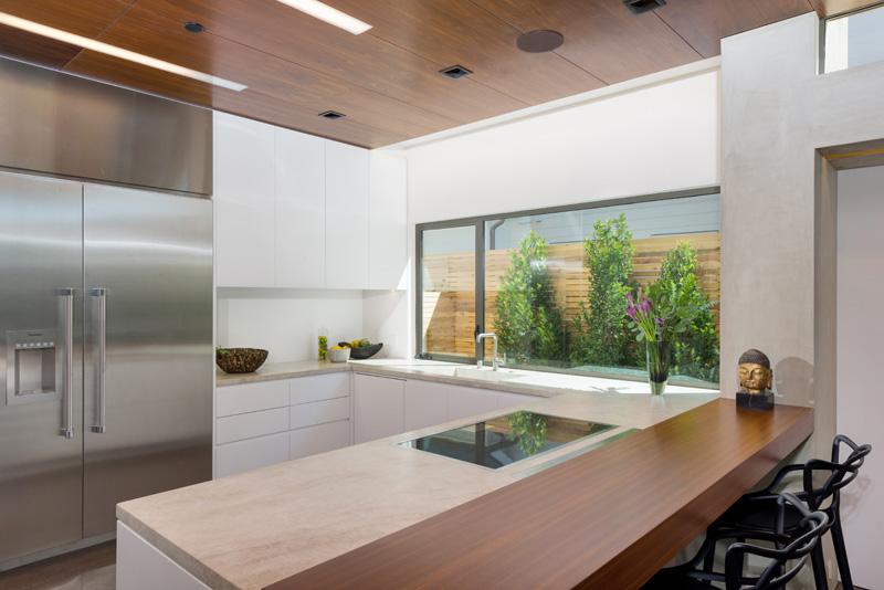 Contemporary Santa Monica Home by Kovac Design Studio-18