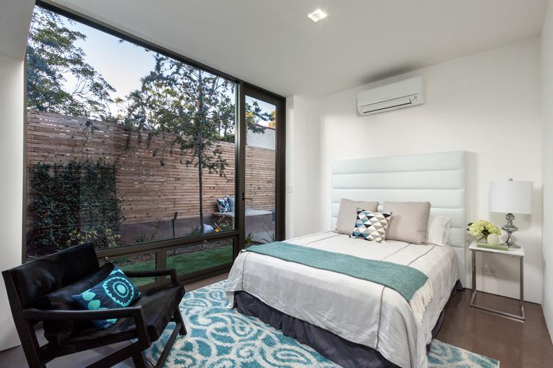 Contemporary Santa Monica Home by Kovac Design Studio-24