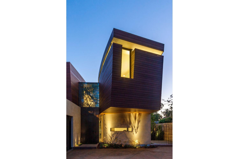 Contemporary Santa Monica Home by Kovac Design Studio-33