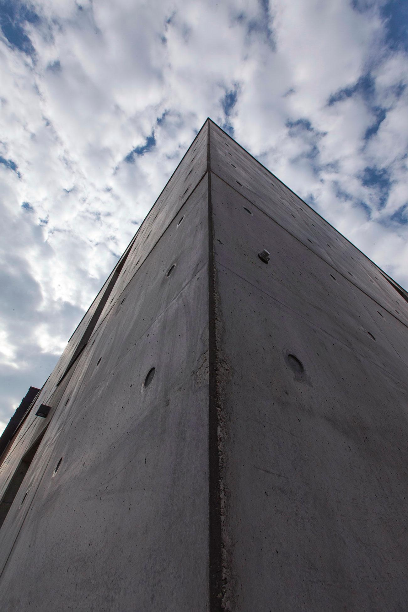 D'Autore Residence near Bologna by Giraldi Associati Architetti-12