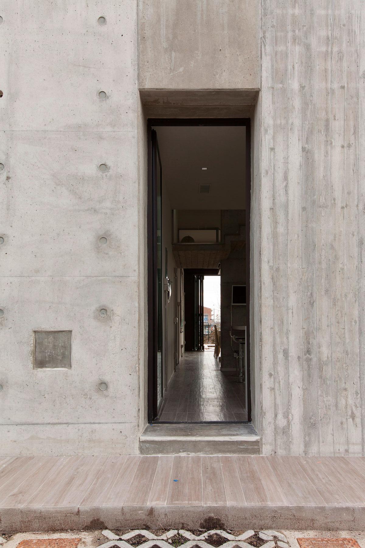 D'Autore Residence near Bologna by Giraldi Associati Architetti-13