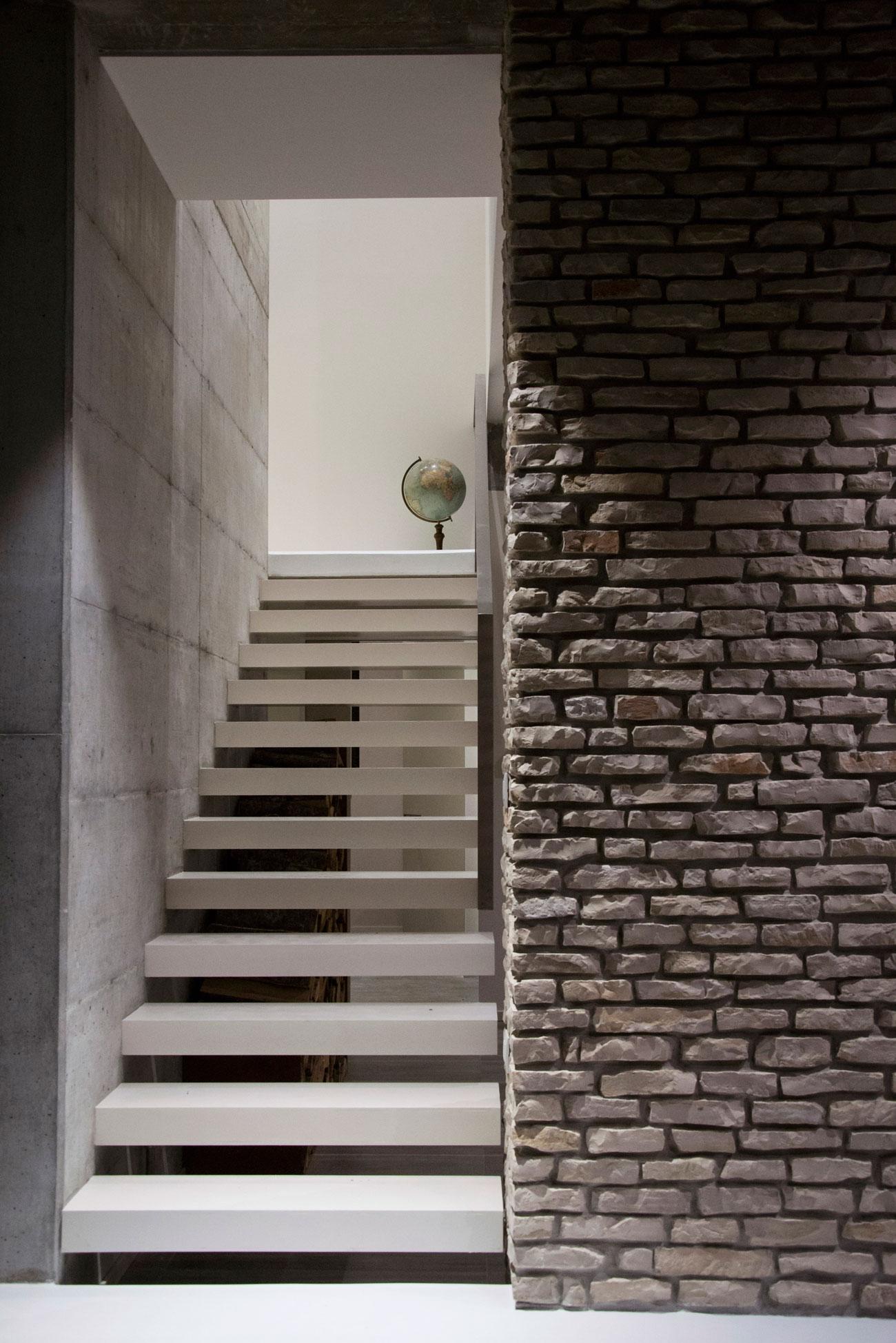 D'Autore Residence near Bologna by Giraldi Associati Architetti-32