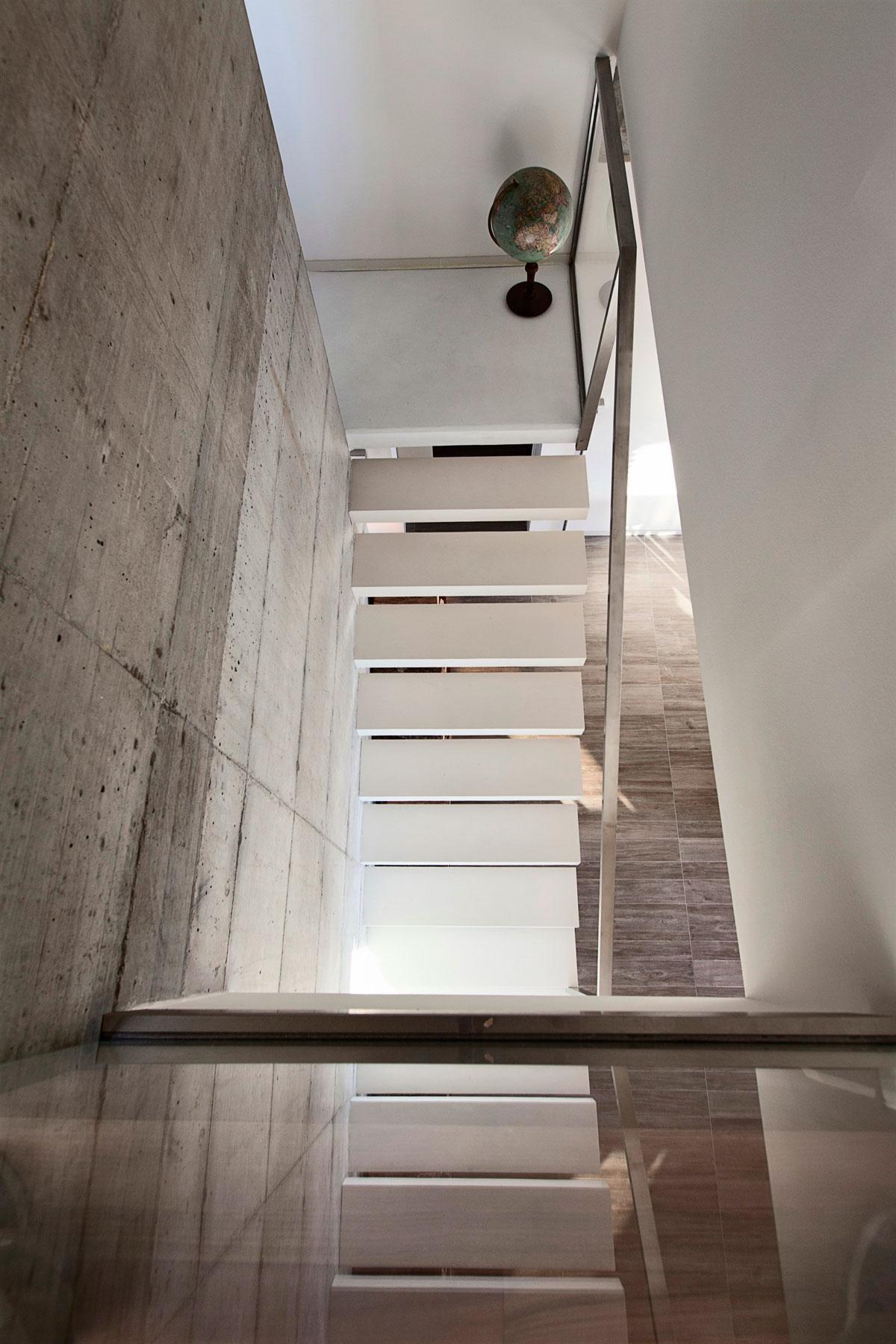 D'Autore Residence near Bologna by Giraldi Associati Architetti-36
