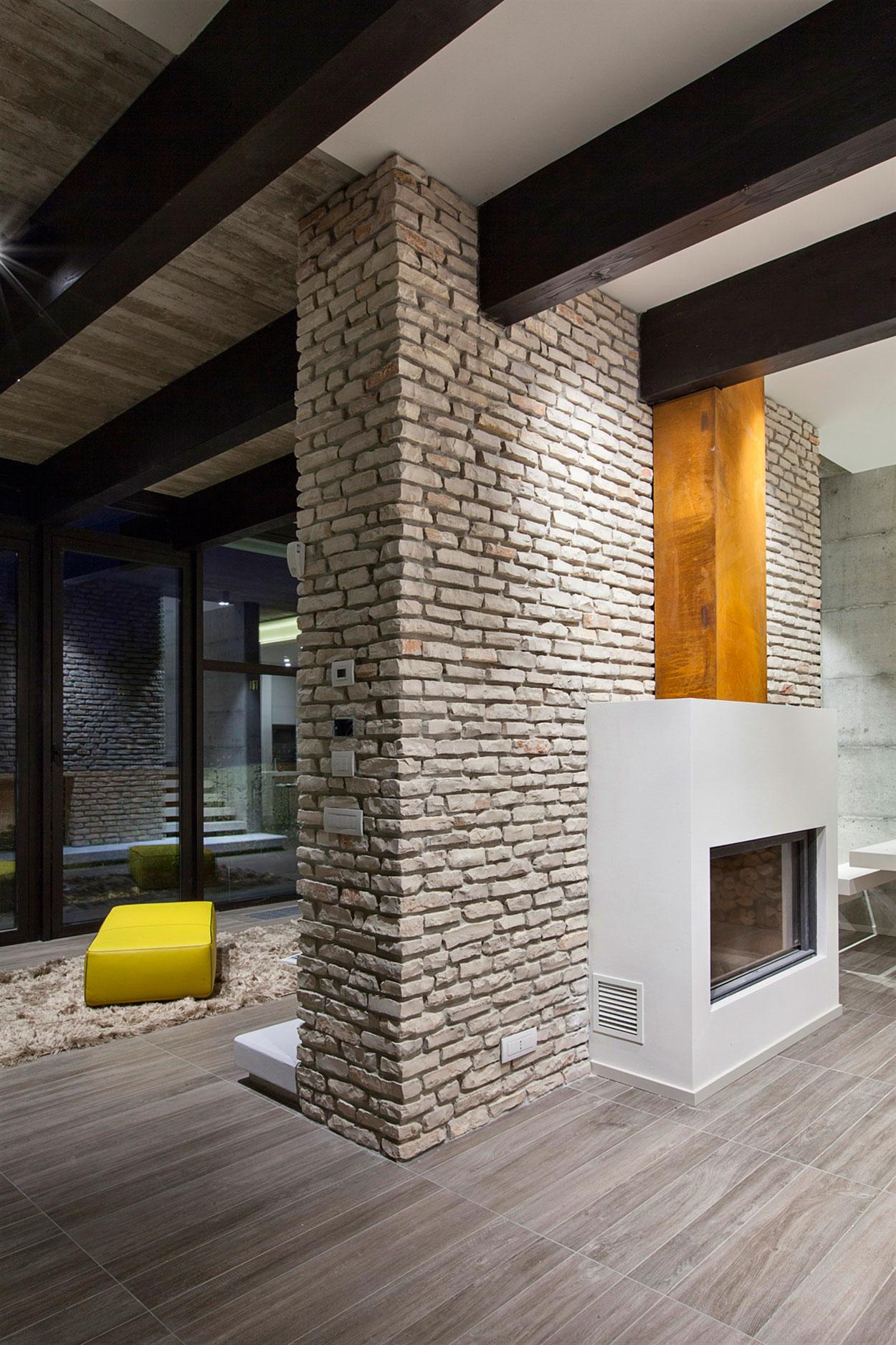 D'Autore Residence near Bologna by Giraldi Associati Architetti-41