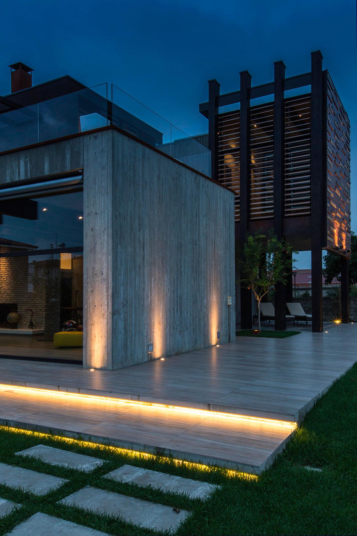 D'Autore Residence near Bologna by Giraldi Associati Architetti-48