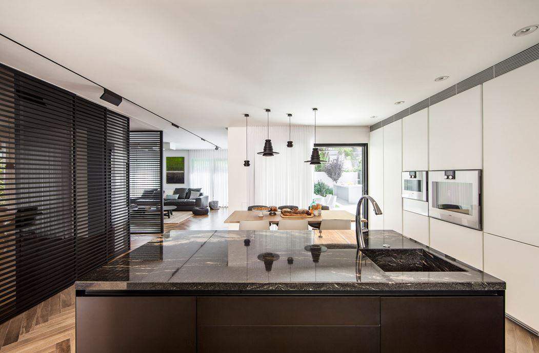 Family designed B house in Ramat HaSharon by Tal Goldsmith Fish Design Studio-03