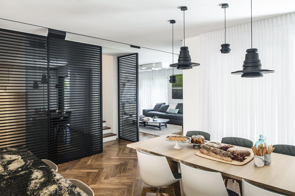 Family designed B house in Ramat HaSharon by Tal Goldsmith Fish Design Studio-06