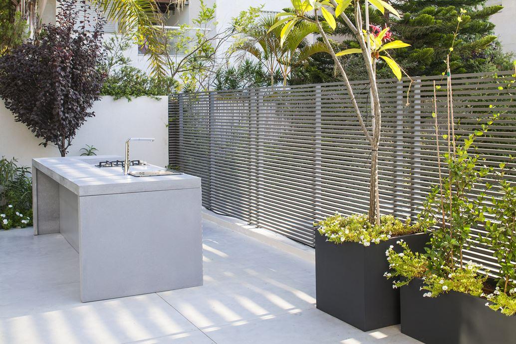 Family designed B house in Ramat HaSharon by Tal Goldsmith Fish Design Studio-16
