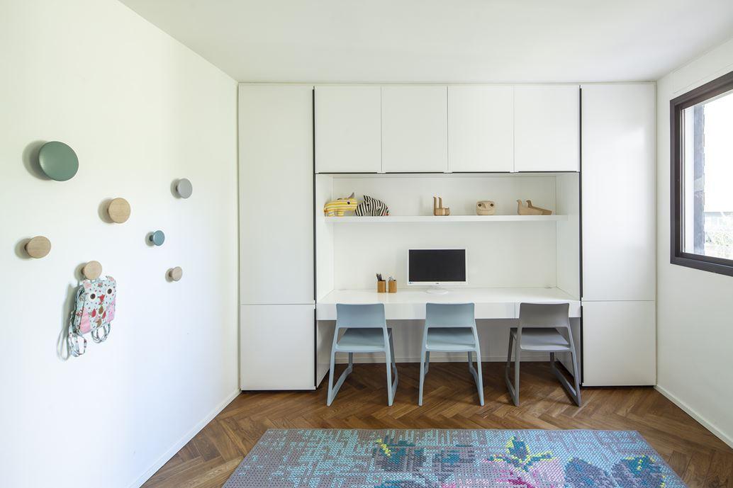 Family designed B house in Ramat HaSharon by Tal Goldsmith Fish Design Studio-18