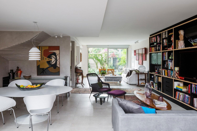 Free an fluid space of Sagarana house from São Paulo by Rocco Arquitetos-07