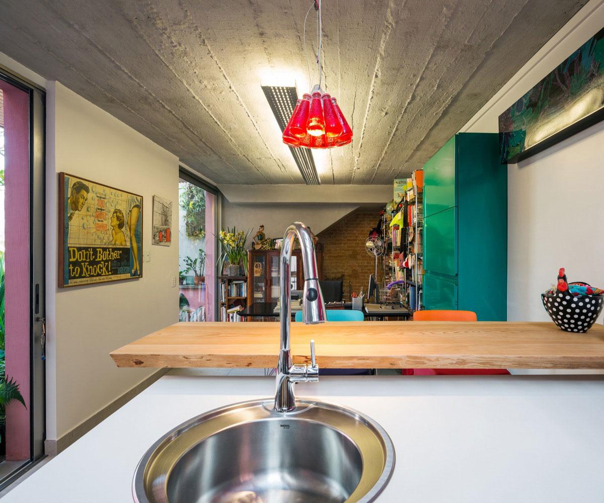 Free an fluid space of Sagarana house from São Paulo by Rocco Arquitetos-09