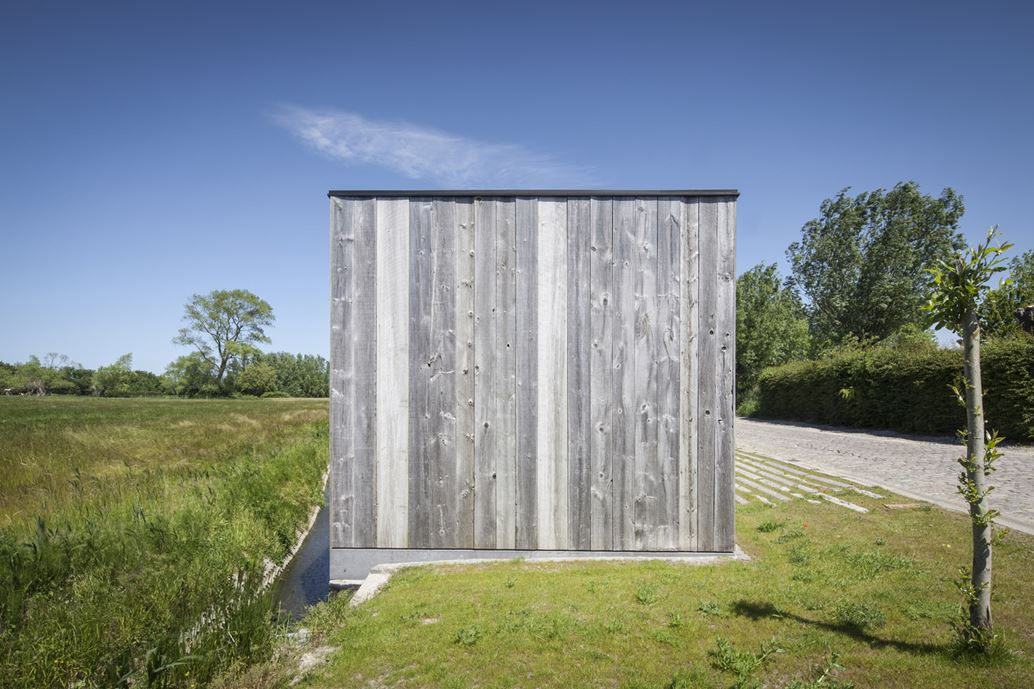 Graafjansdijk Residence by Govaert & Vanhoutte Architects-06