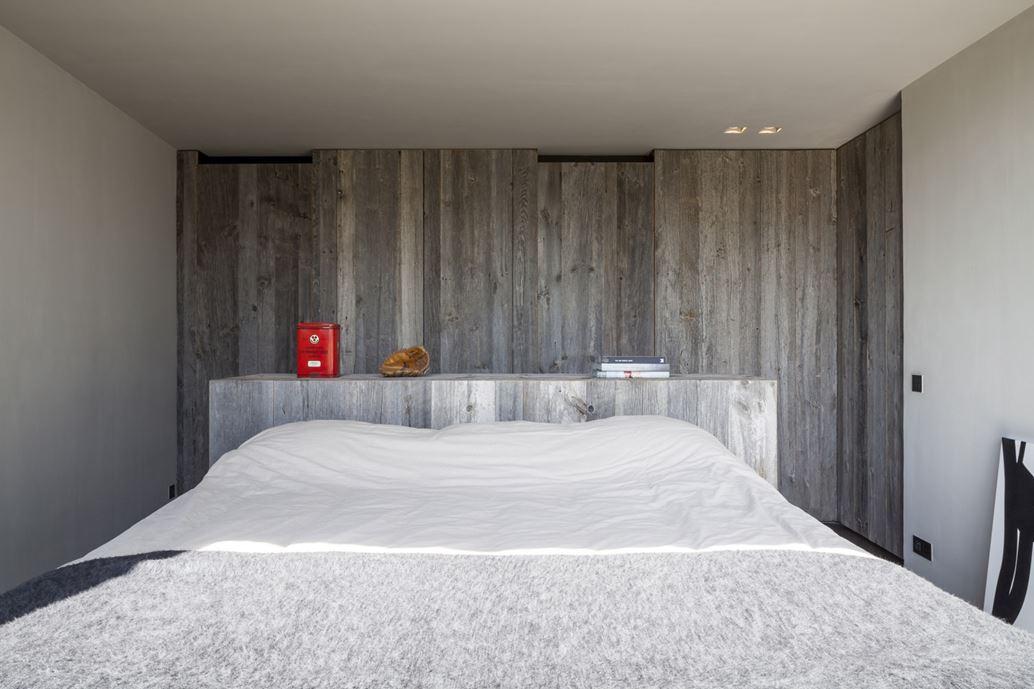 Graafjansdijk Residence by Govaert & Vanhoutte Architects-21