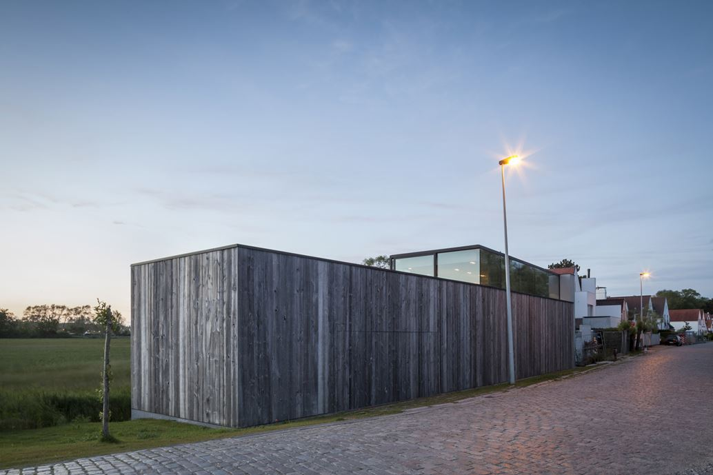 Graafjansdijk Residence by Govaert & Vanhoutte Architects-27