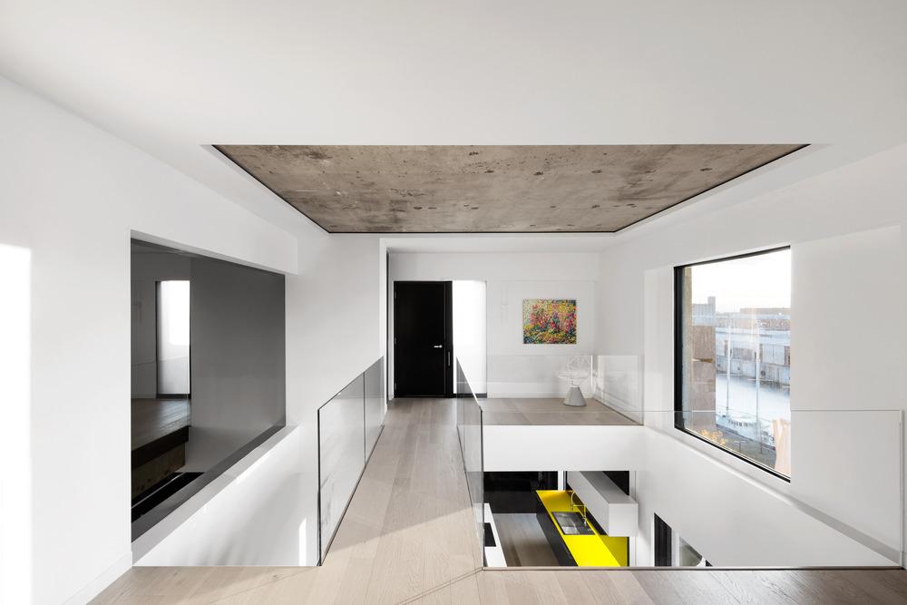 Iconic Moshe Safdie Habitat 67 by Studio Practice-04