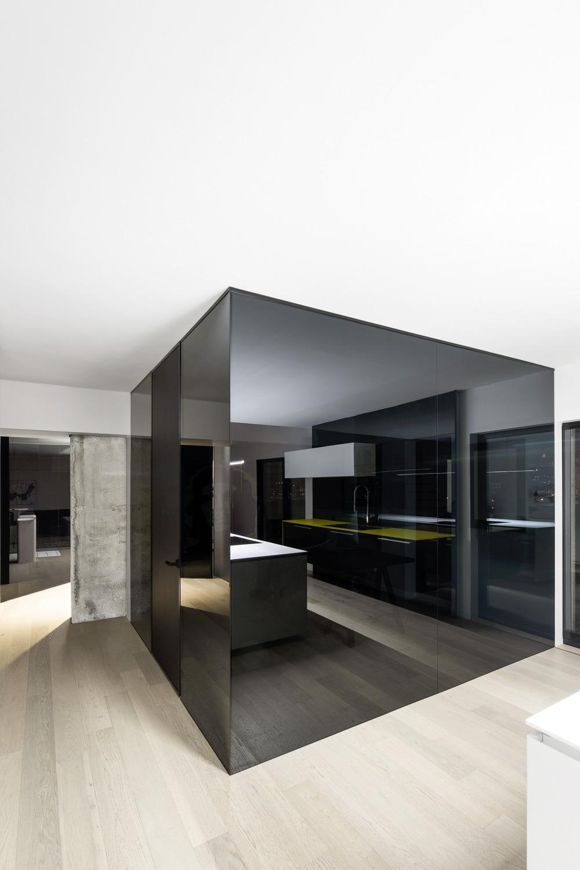 Iconic Moshe Safdie Habitat 67 by Studio Practice-08