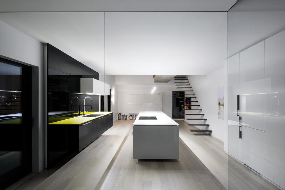 Iconic Moshe Safdie Habitat 67 by Studio Practice-09