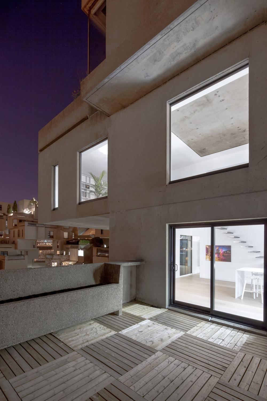 Iconic Moshe Safdie Habitat 67 by Studio Practice-10