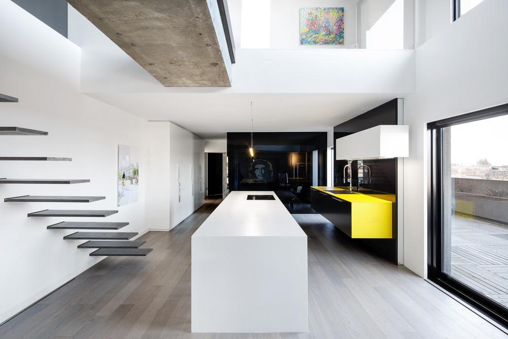 Iconic Moshe Safdie Habitat 67 by Studio Practice-12