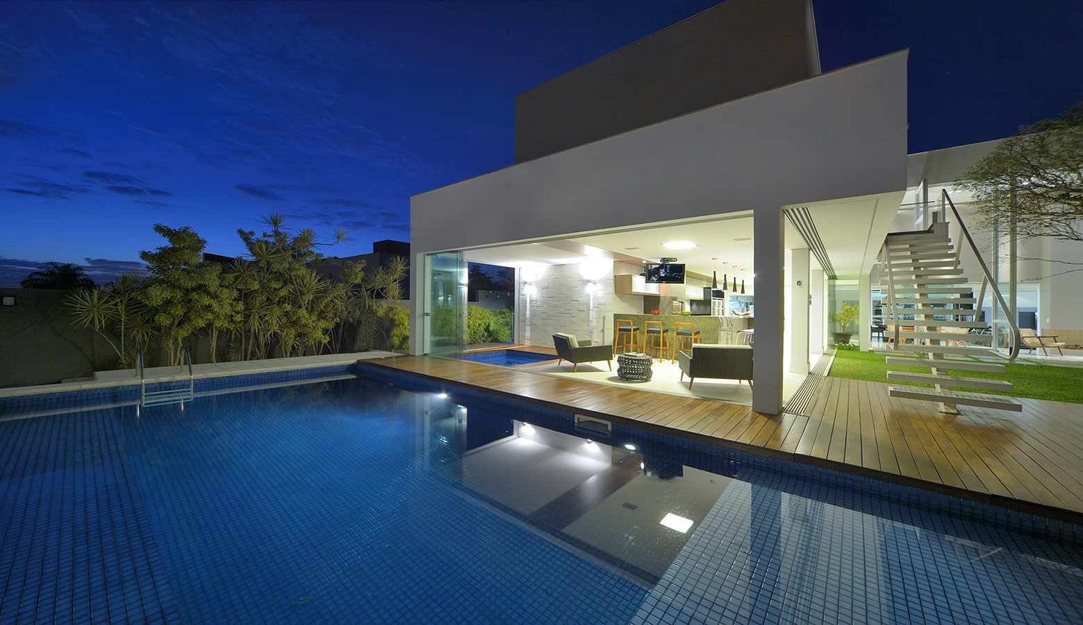 Jabuticaba House Residence Pourpose of Surrounding a Beloved Tree by Raffo Arquitetura-12