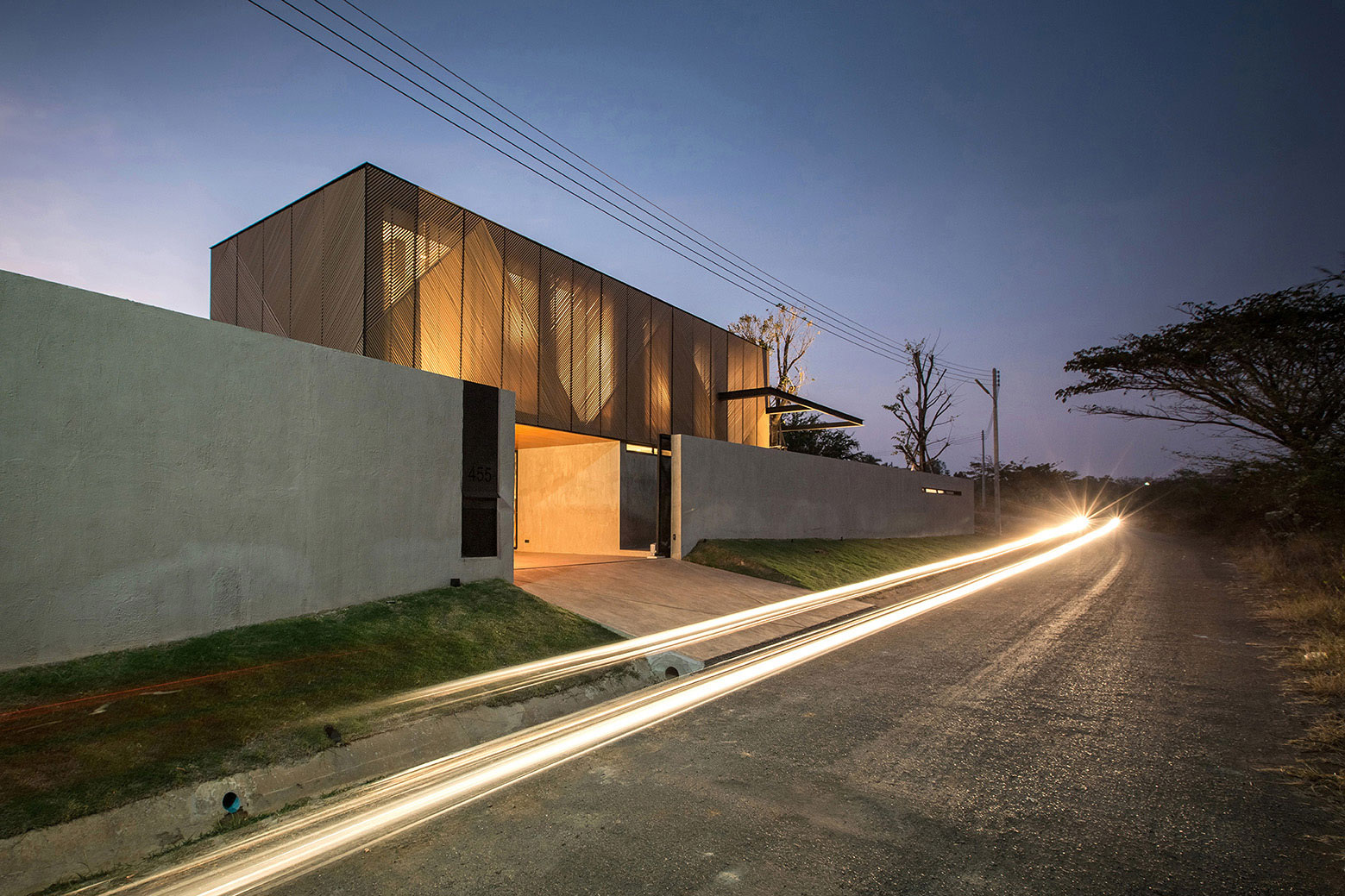 KA Modern Vacation Home by night